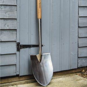 Крива лопата от неръждаема стомана