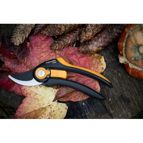 Лозарска ножица с разминаващи се остриета SmartFit P68